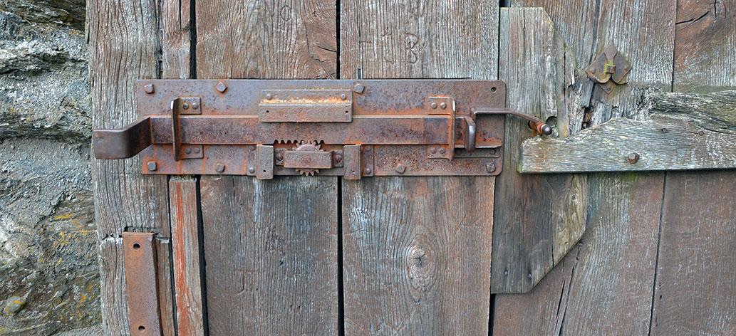 Gammal-dörr