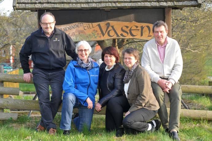 Årets värdfamiljer är familjen Sandahl och Karlsson. Från vänster; Kjell, Ingrid, Ann-Christin, Berit och Per. Foto: Kjell Conradsson