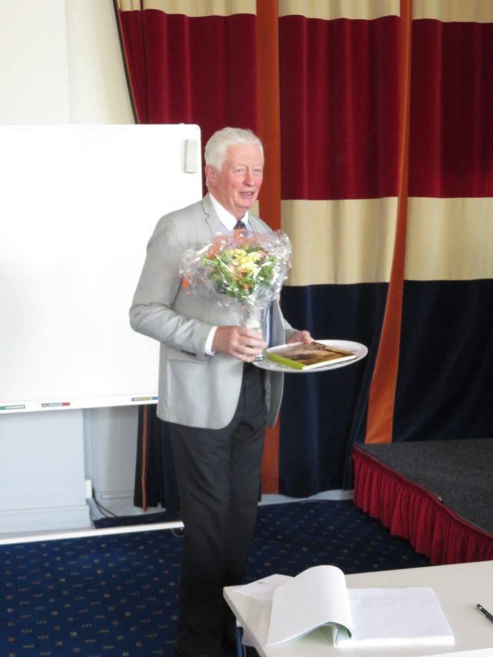 Anders Åkesson tackades av efter ett långt och engagerat arbete som sammankallande i valberedningen.