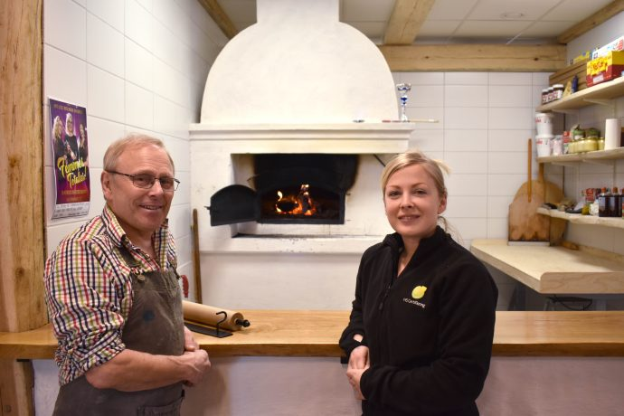 Miljörevisor Sofie Sundgren HS Certifiering på besök hos Per Brunberg i Ronneby.
